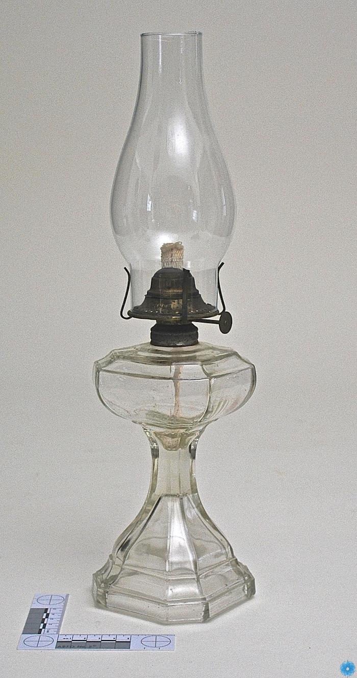 Lamp, Oil