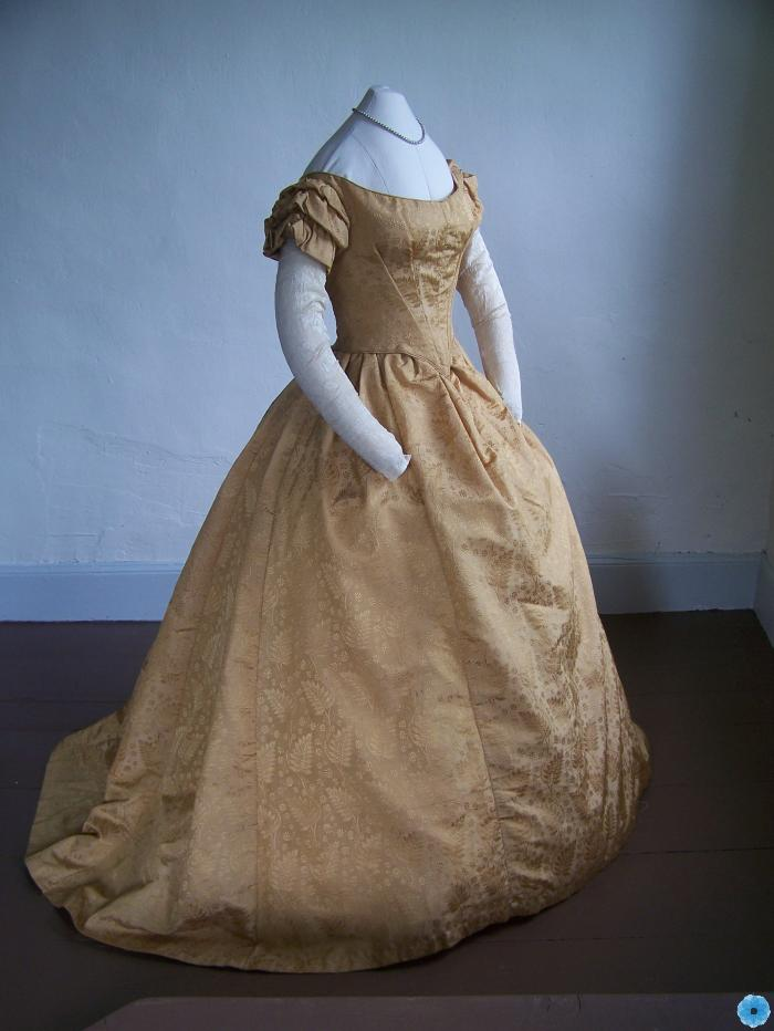 Gown, Evening