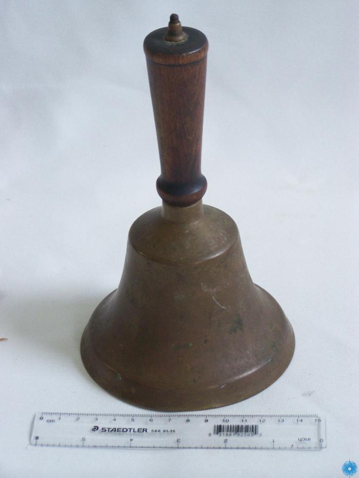 Bell, School