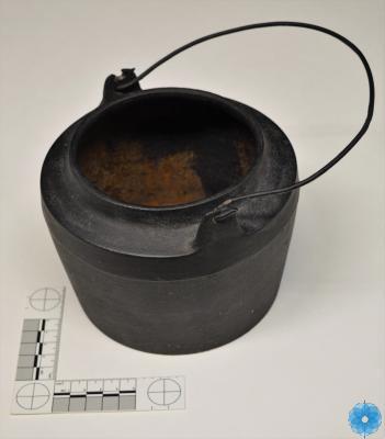 Pot, Glue