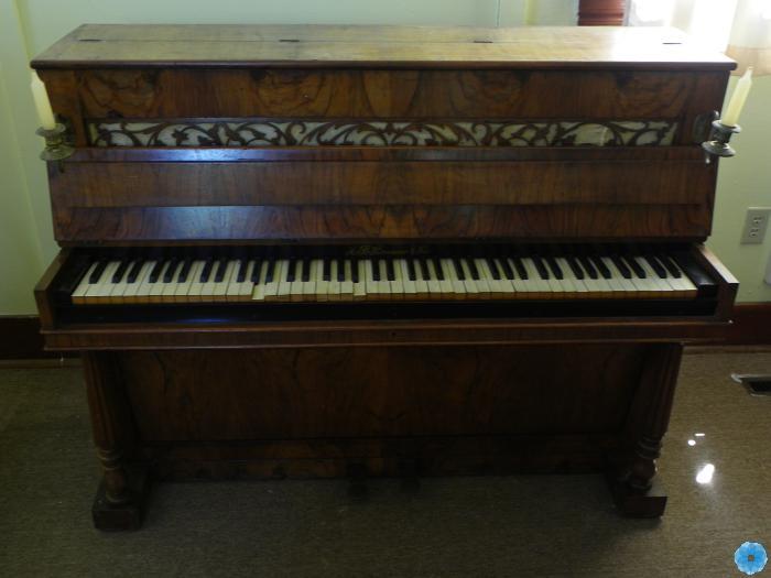 Piano, Upright